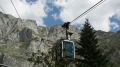 Picos de europa fuente de cablecar mountains spain spectacular summer Stock Footage