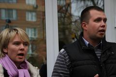 candidate for mayor of khimki opposition leader yevgenia chirikova and her he - stock photo