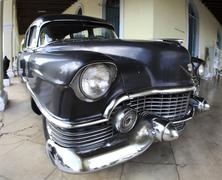 Havana - jan 25: front view old car 1950 year cadillac deville on january 25, Stock Photos