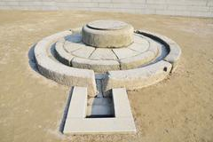 korean traditional well in gyeongbok palace, seoul - stock photo