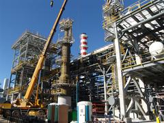 Refinery under construction Kuvituskuvat