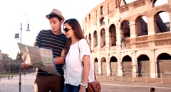 Cute Romantic Couple Holding Map Traveling Rome Italy Sunset Romance Love Stock Footage