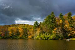 Autumn color at the trout lake at moses h. cone park, on the blue ridge parkw Stock Photos