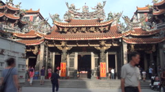 Time lapse, Dajia Jenlan Temple outside. Mazu belief Stock Footage