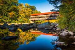 Albany covered bridge, along the kancamagus highway in white mountain nationa Stock Photos