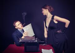 Noir film journalist and the girl at work Kuvituskuvat