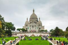basilica of the sacred heart of paris (sacre-coeur) - stock photo