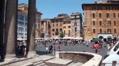 Plaza la Rotonda-Panteon de Agripa Stock Footage
