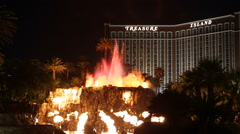 Sightseeing Las Vegas Icon Mirage Hotel Volcano Fire Explosions Water Show Night Stock Footage