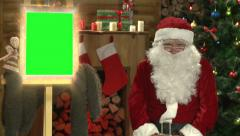 Santa Claus say message  with magic mirror (green screen) Stock Footage