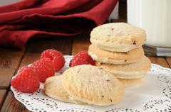 Raspberry shortbread cookies Stock Photos