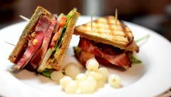 Sandwich on plate - refocused Stock Footage