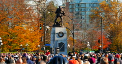 4K Soldier Memorial Cenotaph and Very Large Crowd on Remembrance Day Stock Footage