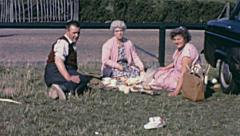 Southend early 1960s: family making a picnic Stock Footage