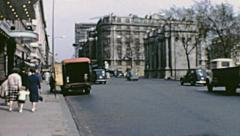 London 1960s: traffic in front of Marble Arch Stock Footage