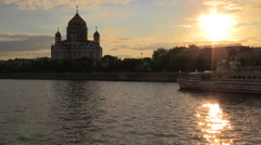 View from the Moscow River to the Cathedral of Christ the Savior. Stock Footage