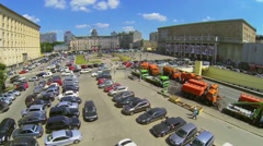 Triumphal Square with traffic at spring sunny day Stock Footage