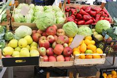 Market crates full with fresh organic fruits and vegetables Stock Photos