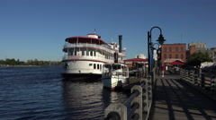 Henrietta iii on the river walk, wilmington, nc, usa Stock Footage