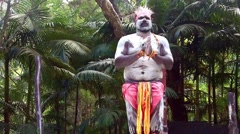 Yugambeh Aboriginal warrior man dance during Aboriginal culture show in Queen Stock Footage