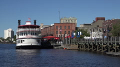 Henrietta iii tour boat, river walk water front, wilmington, nc, usa Stock Footage
