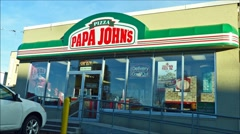 Papa Johns pizza entrance, loop Stock Footage