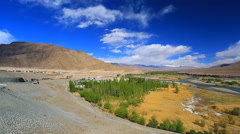 Panorama of the valley of the Indus River and return Stock Footage
