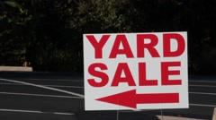 Red yard sale sign Stock Footage