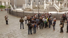 Tourists on Piazza Pretoria with fountain, Palermo Stock Footage