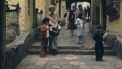 Bogotà 1979: people walking on the way to Monserrate Stock Footage