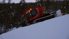 Snow cat prepares ski slope. Stock Footage