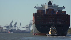 Container ship arrives at port of savannah, ga, usa Stock Footage