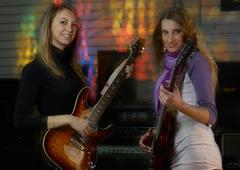 Pretty women on rock concert Kuvituskuvat