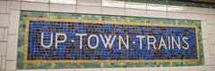 Classic vintage subway directions in Manhattan, New York City. U Kuvituskuvat