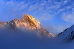 Starry sky over machhepuchare and annapurna base camp - nepal, himalayas Stock Photos
