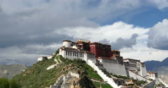 4k Potala in Lhasa,Tibet,time lapse of white puffy cloud mass in the blue sky. Stock Footage