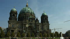 Lustgarten and Berlin cathedral (Berliner Dom) Stock Footage