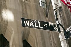Wall street sign in manhattan new york Kuvituskuvat