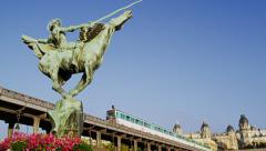 France Reborn Statue Train Pont De Bir-Hakeim Passy Paris 4K Stock Video Footage Stock Footage