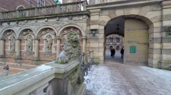Lion sculptures garding the entrance to Frederiksborg palace Stock Footage
