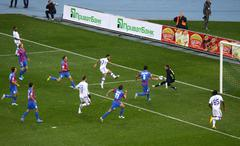 Football game arsenal vs dynamo kyiv Stock Photos