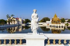Statue at bang pa-in palace, the summer palace of the king Stock Photos