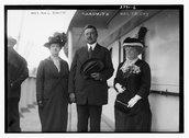 Mrs. R.A.C. Smith, Mr. R.A.C.Smith, and Mrs. J.F. Day Stock Photos