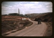 Copper mining and sulfuric acid plant, Copperhill], Tenn. Stock Photos