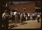 Farmers and townspeople in the center of town on Court Day, Campton, Ky. Stock Photos