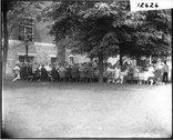 Summer school luncheon on campus 1912 Stock Photos
