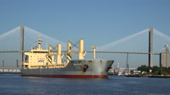 Nina marie ship steams up the savannah river, ga, usa Stock Footage