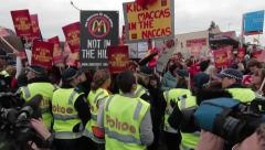 Police Moving On No McDonalds in Tecoma Protesters (video 1) Stock Footage