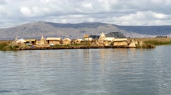 Titicaca lake reed housing bolivia Stock Footage