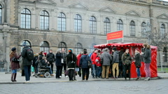 Tourist crowd near the Gallery of old masters (Dresden picture gallery). Stock Footage